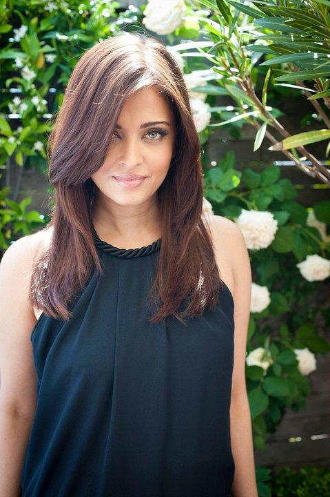 Aishwarya-Rai-New-LOreal-Photoshoot-Cannes-2011-21