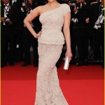 aishwarya rai cannes film festival opening ceremony 01 150x150 Aishwarya Rai  Cannes 2011