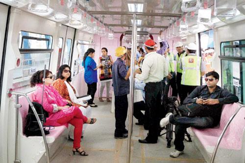 inside-monorail-mumbai