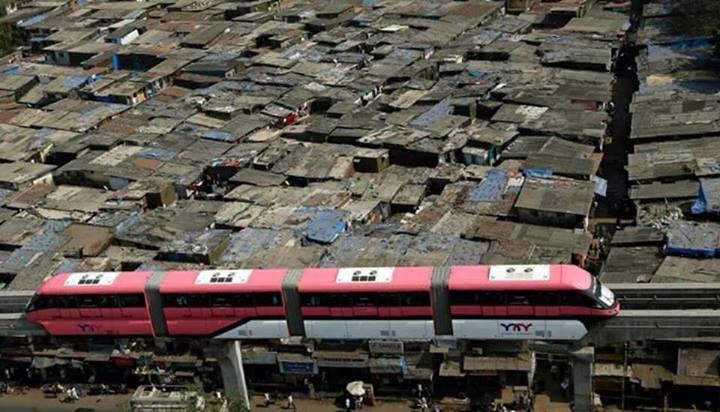 slum-monorail